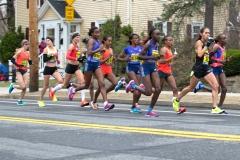 Lead women runners