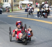 Tom Davis, NY - Men's Handcycle winner in 58:36